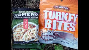 Freezer Bag Cooking Ramen Noodles:  Less Mess on the Trail